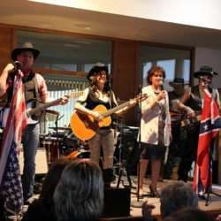 MIDLIFE special - Country meets Rock - live im Pavillon der Pointner Rundholz GmbH, Burgkirchen