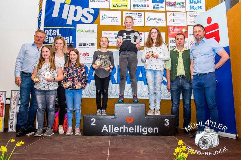 Gesamtsiegerehrung Sparkasse Strudengaucup powered by Tips mit Stargast Bernadette Schild  - Bild 15