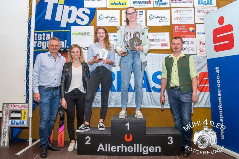 Gesamtsiegerehrung Sparkasse Strudengaucup powered by Tips mit Stargast Bernadette Schild  - Bild 24