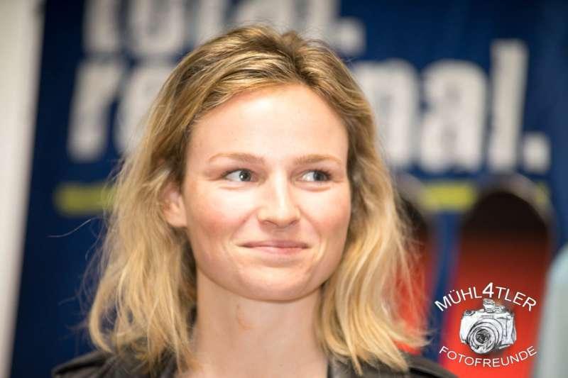 Gesamtsiegerehrung Sparkasse Strudengaucup powered by Tips mit Stargast Bernadette Schild  - Bild 56