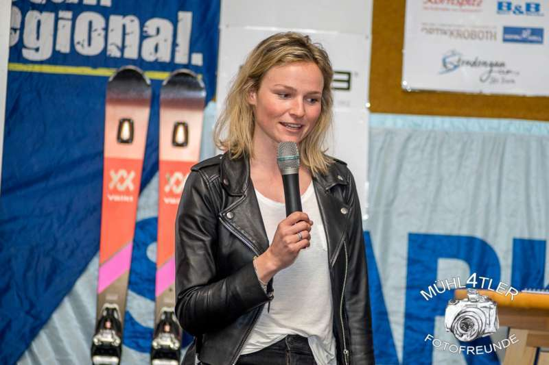 Gesamtsiegerehrung Sparkasse Strudengaucup powered by Tips mit Stargast Bernadette Schild  - Bild 57