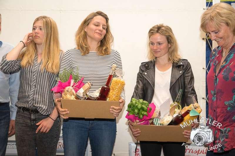 Gesamtsiegerehrung Sparkasse Strudengaucup powered by Tips mit Stargast Bernadette Schild  - Bild 90