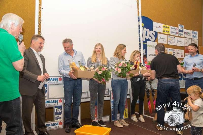 Gesamtsiegerehrung Sparkasse Strudengaucup powered by Tips mit Stargast Bernadette Schild  - Bild 93