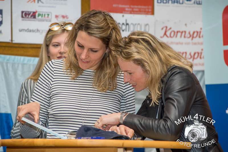 Gesamtsiegerehrung Sparkasse Strudengaucup powered by Tips mit Stargast Bernadette Schild  - Bild 141