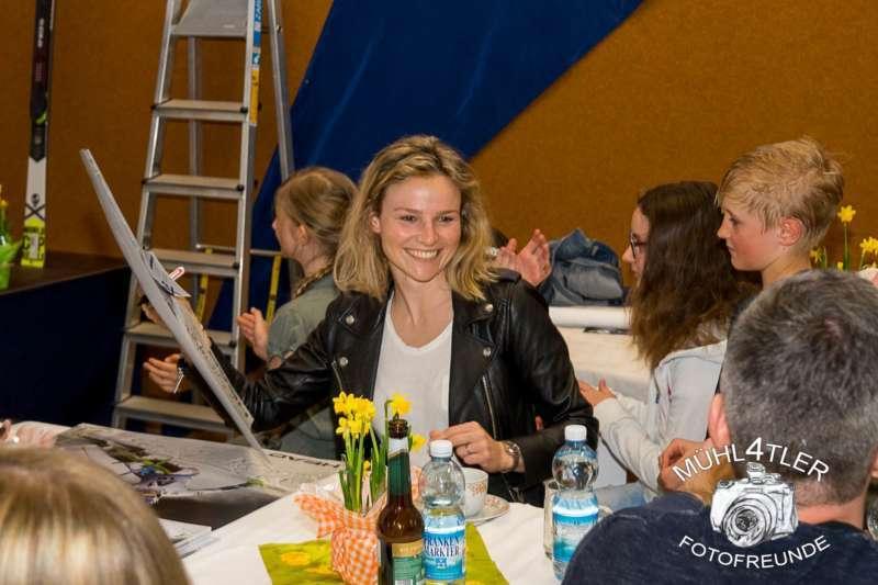 Gesamtsiegerehrung Sparkasse Strudengaucup powered by Tips mit Stargast Bernadette Schild  - Bild 146