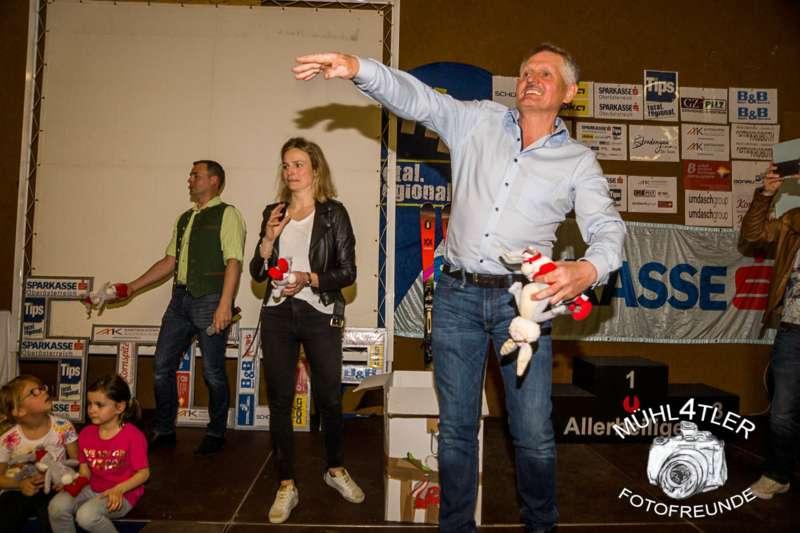 Gesamtsiegerehrung Sparkasse Strudengaucup powered by Tips mit Stargast Bernadette Schild  - Bild 157