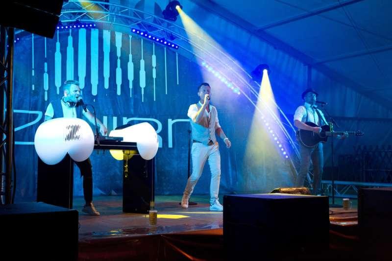 Impressionen vom Naarner Zeltfest-Wochenende  - Bild 1