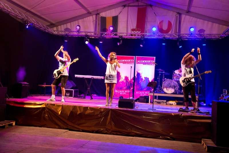 Impressionen vom Naarner Zeltfest-Wochenende  - Bild 12