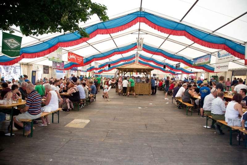 Impressionen vom Naarner Zeltfest-Wochenende  - Bild 14