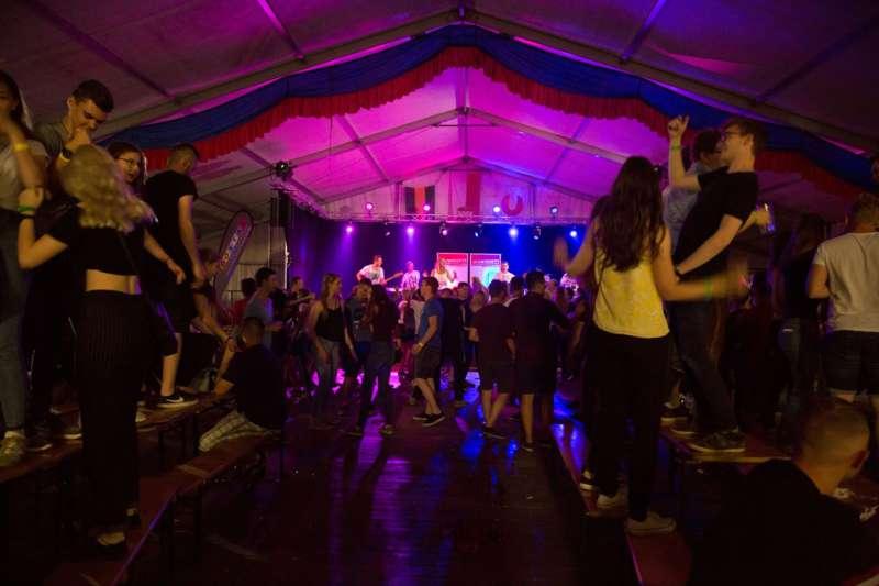Impressionen vom Naarner Zeltfest-Wochenende  - Bild 22