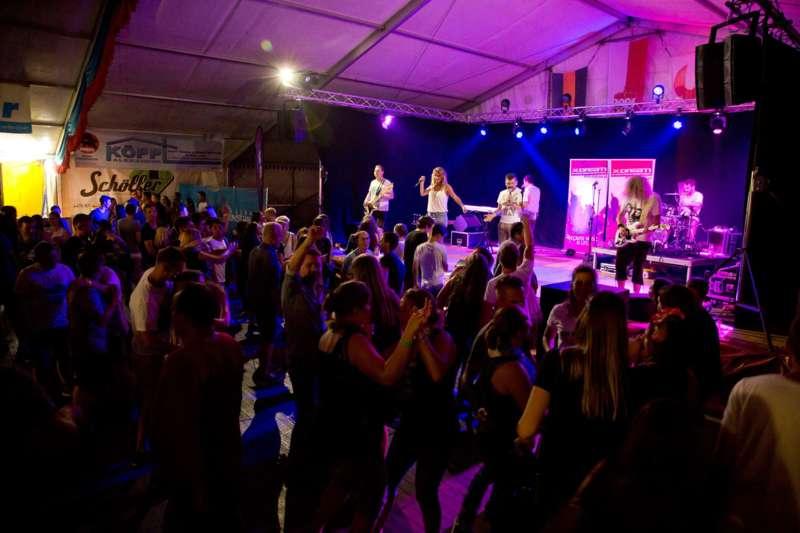Impressionen vom Naarner Zeltfest-Wochenende  - Bild 25