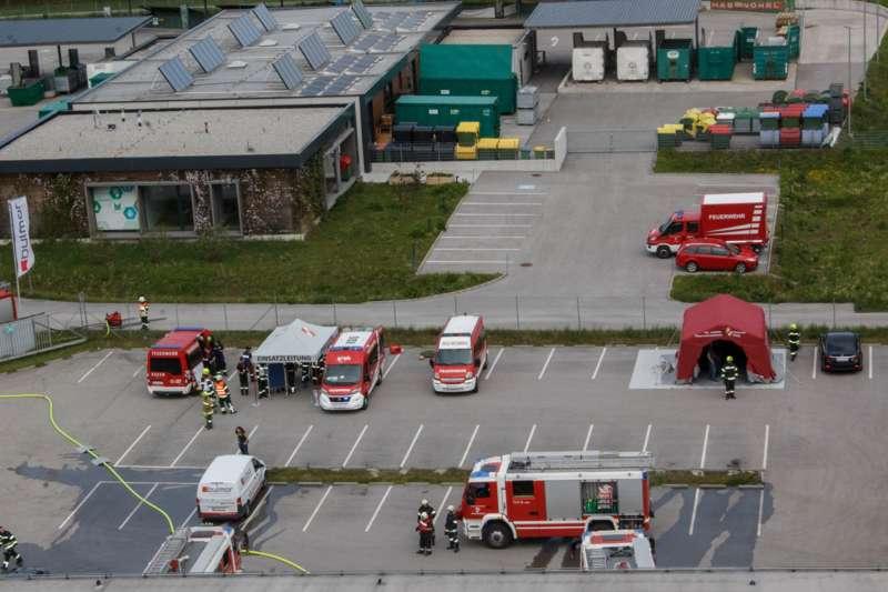 Frühjahrsübung der Freiwilligen Feuerwehr Perg am Gelände der Firma Bulmor - Bild 10