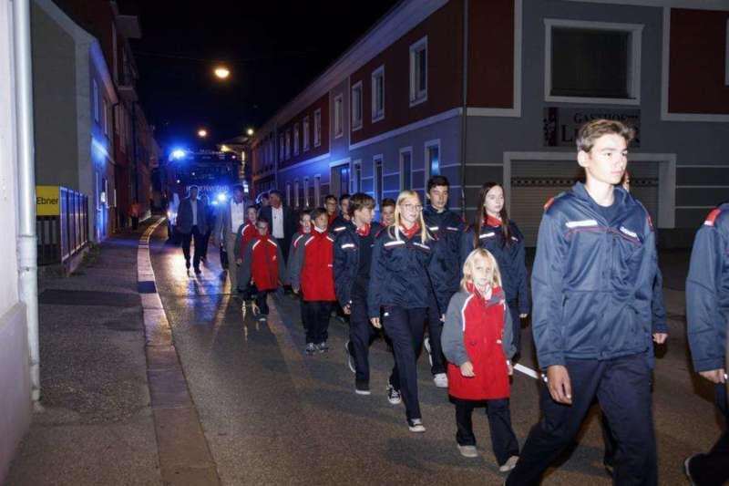 Freiwillige Feuerwehr Perg holte Fahrzeugsegnung nach - Bild 19