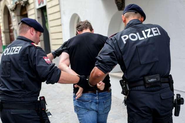 Slowakin eingesperrt: von Polizei befreit