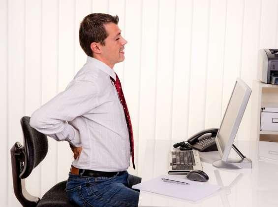 Prozent der Berufstätigen hatten 2017 Rückenprobleme
