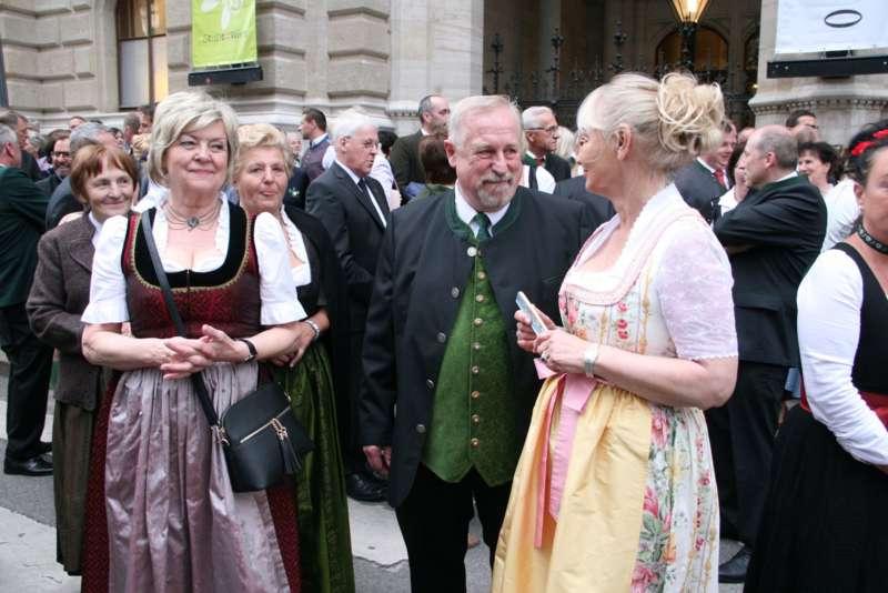 Bezirk Rohrbach präsentierte sich beim Ball der OÖ von seiner musikalischen Seite - Bild 12