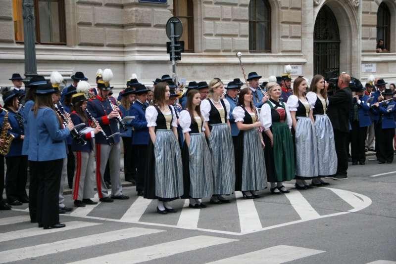 Bezirk Rohrbach präsentierte sich beim Ball der OÖ von seiner musikalischen Seite - Bild 16