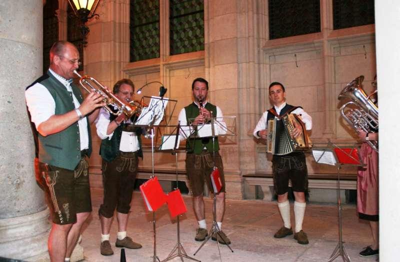 Bezirk Rohrbach präsentierte sich beim Ball der OÖ von seiner musikalischen Seite - Bild 17