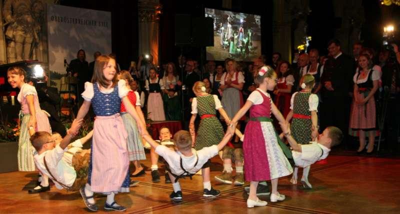 Bezirk Rohrbach präsentierte sich beim Ball der OÖ von seiner musikalischen Seite - Bild 48
