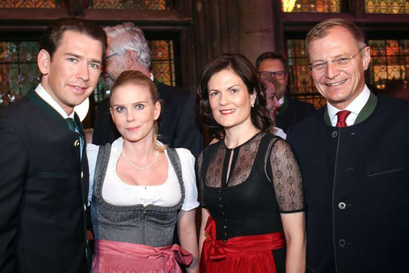 Bezirk Rohrbach präsentierte sich beim Ball der OÖ von seiner musikalischen Seite - Bild 72