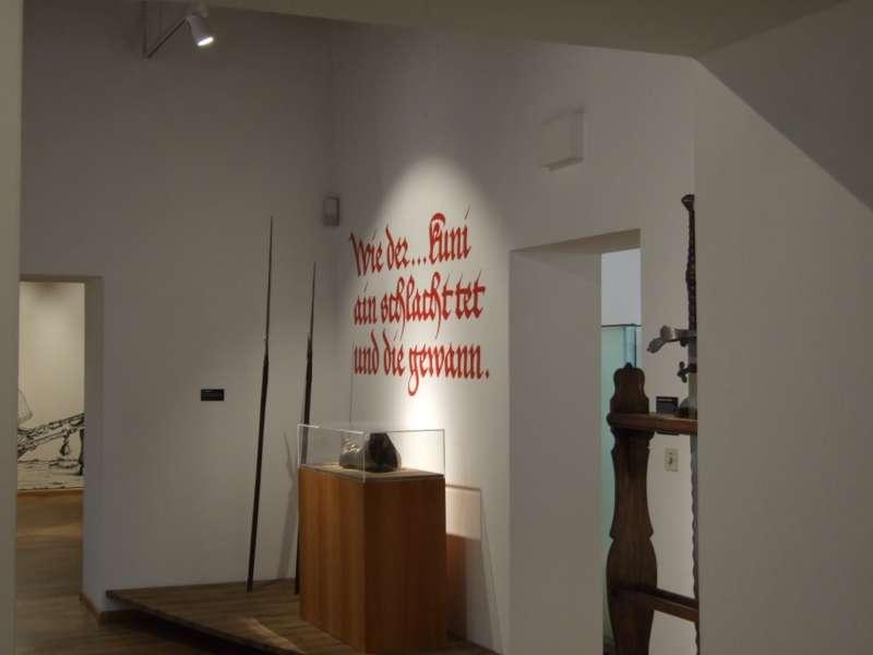 Rundgang durch die Maximilian-Ausstellung - Bild 6