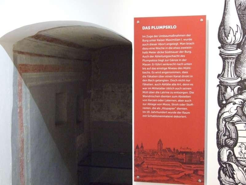 Rundgang durch die Maximilian-Ausstellung - Bild 31