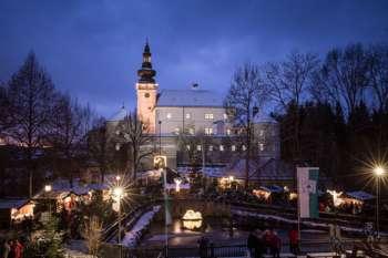 Weinberger Schloss Advent mit Konzert