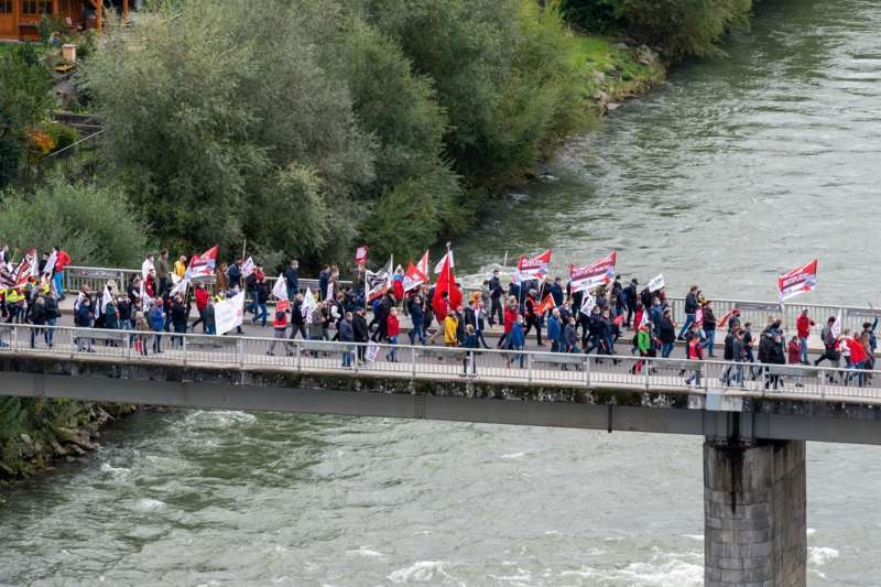 MAN Steyr: Warnstreik und Kundgebung - Bild 39