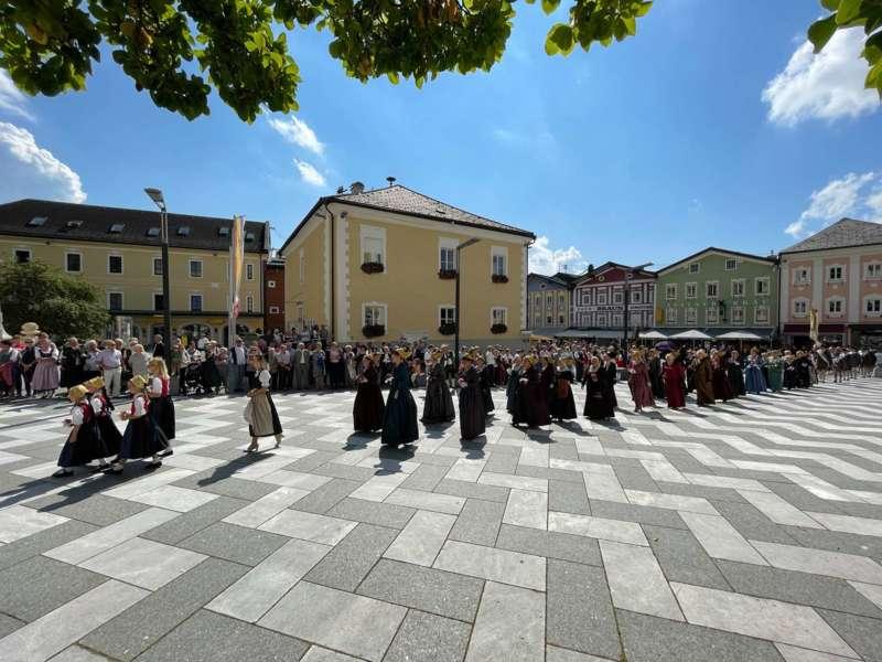 Begrüßungsfeier für den neuen Pfarrer Reinhard Bell - Bild 10