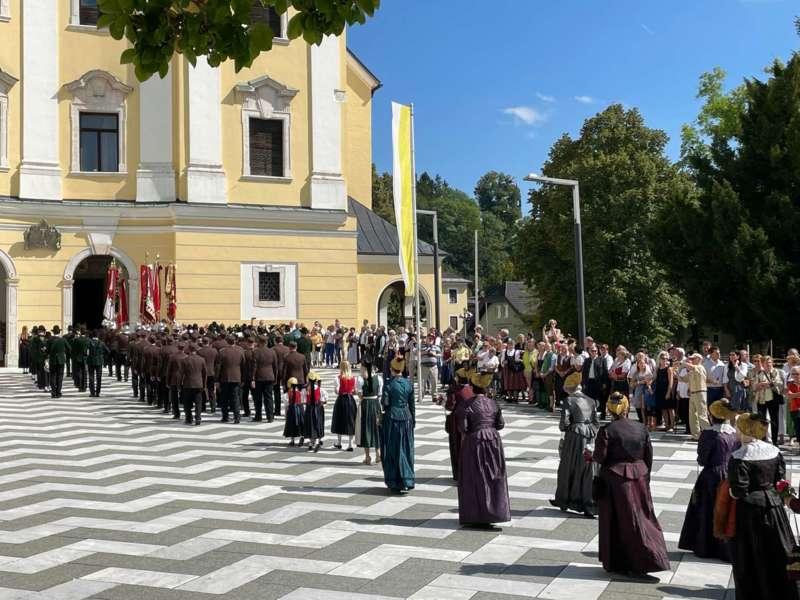 Begrüßungsfeier für den neuen Pfarrer Reinhard Bell - Bild 11