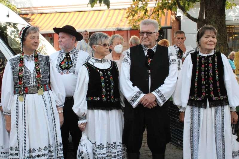 Viele Kulturen und gelebte Tradition - Bild 8
