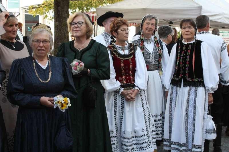Viele Kulturen und gelebte Tradition - Bild 13