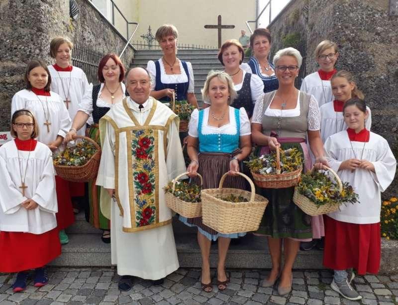 Biberbach partnersuche ab 60: Asierns in germany dating