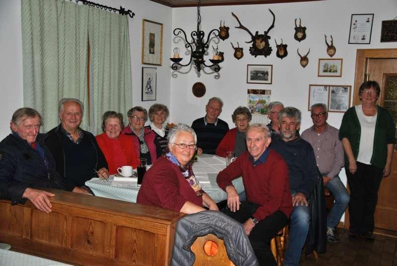 Foto 1 von 106:: Wiesenfest Hochburg-Ach - rockmartonline.com