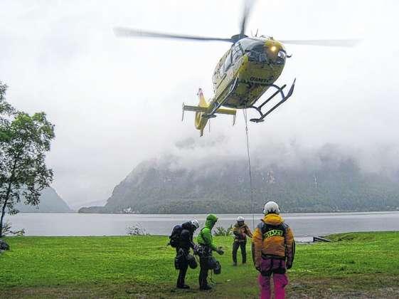 Klettersteig Seewand : Große rettungsaktion am hallstätter klettersteig seewand