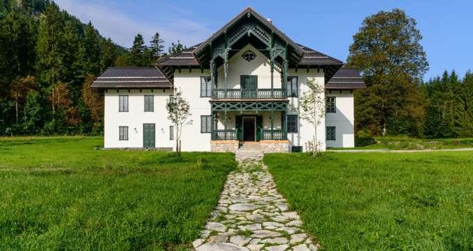 Kaiserliche Jagdvilla am Langbathsee um 1,5 Millionen Euro renoviert