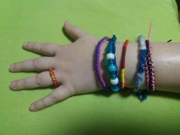 Bastelwerkstatt - Armbänder