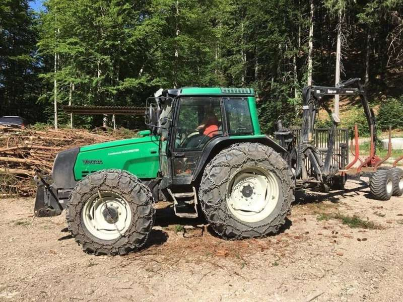Traktor kurzgeschlossen und gestohlen