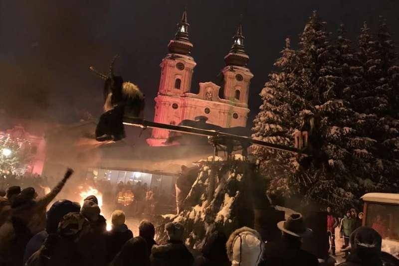 Zehnte Perchtenraunacht in Spital am Pyhrn - Bild 1
