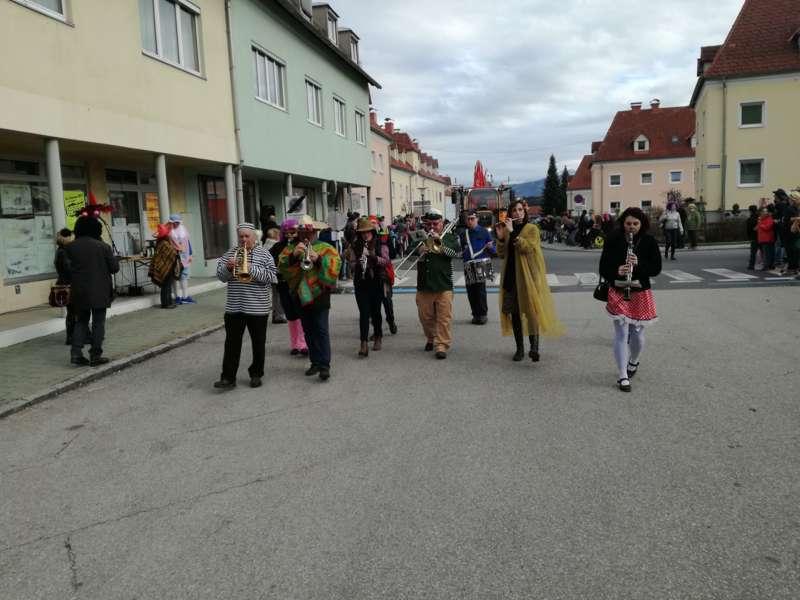 Lenzing meine stadt single, Sex dating in Stadtsteinach