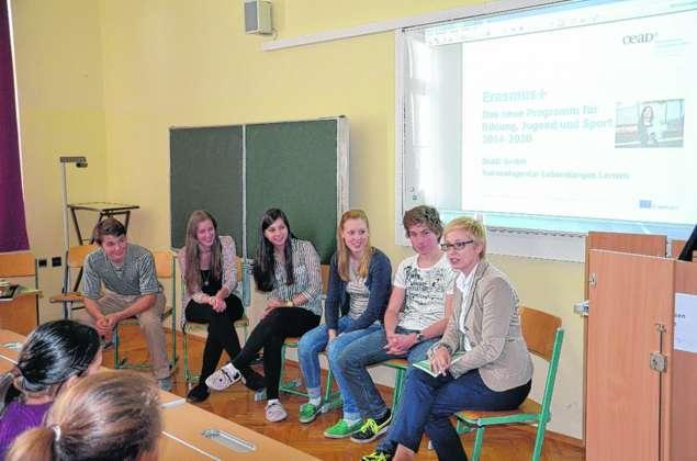 Studieren im ausland sch ler im gespr ch mit der for Studieren im ausland