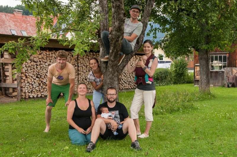 Hollabrunn frau sucht jungen mann Sex sucht in Kehl