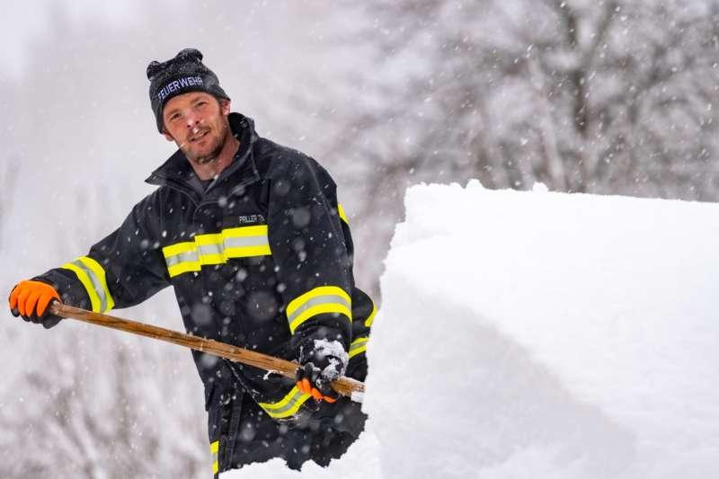 Bundesheer und Feuerwehren in Rosenau und Spital am Pyhrn im Einsatz - Bild 6