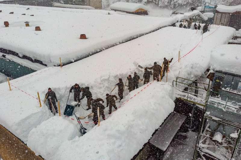 Bundesheer und Feuerwehren in Rosenau und Spital am Pyhrn im Einsatz - Bild 7