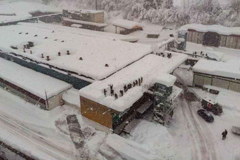 Bundesheer und Feuerwehren in Rosenau und Spital am Pyhrn im Einsatz - Bild 16