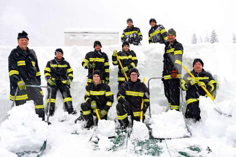 Bundesheer und Feuerwehren in Rosenau und Spital am Pyhrn im Einsatz - Bild 17