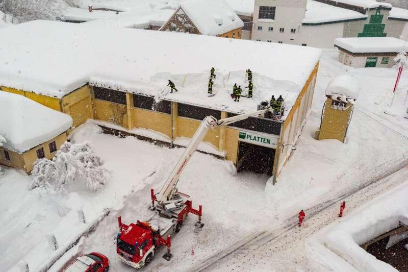 Bundesheer und Feuerwehren in Rosenau und Spital am Pyhrn im Einsatz - Bild 22