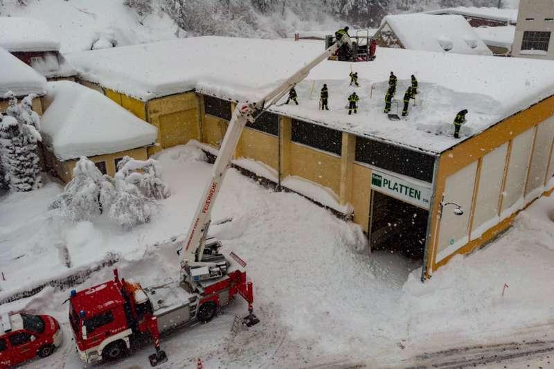 Bundesheer und Feuerwehren in Rosenau und Spital am Pyhrn im Einsatz - Bild 31
