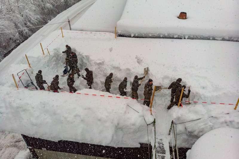 Bundesheer und Feuerwehren in Rosenau und Spital am Pyhrn im Einsatz - Bild 32