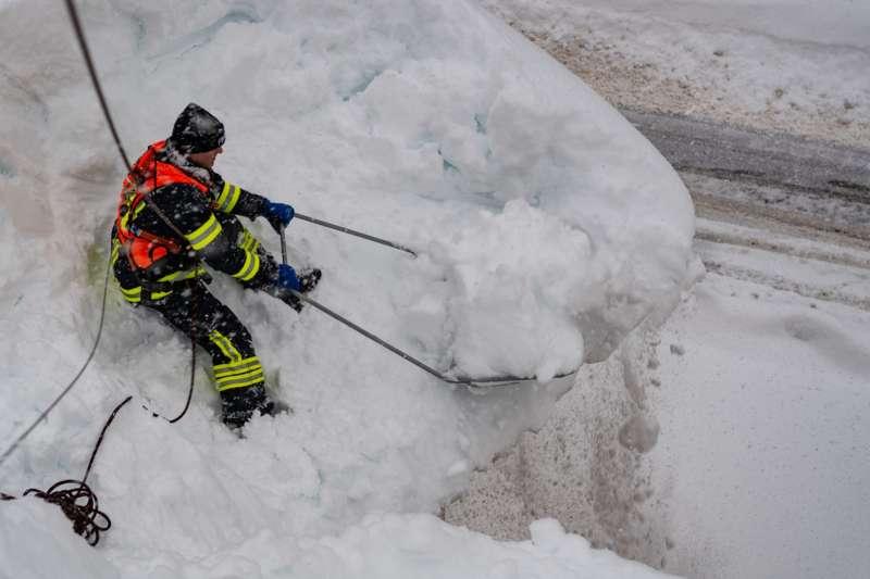Bundesheer und Feuerwehren in Rosenau und Spital am Pyhrn im Einsatz - Bild 36